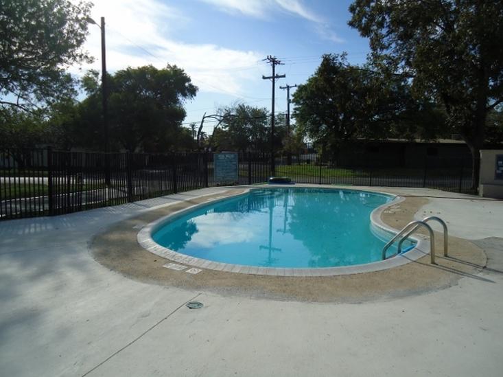Montecito Apartments San Antonio TX