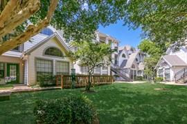 Grove at White Oak Apartments Houston TX