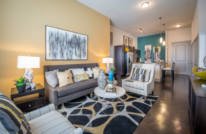 Living at Listing #149156