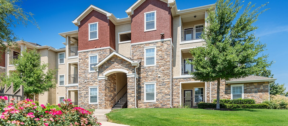 Colonial Grand at Ashton Oaks Apartments Round Rock TX