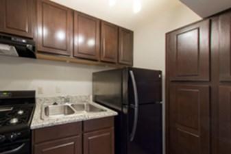 Kitchen at Listing #137333
