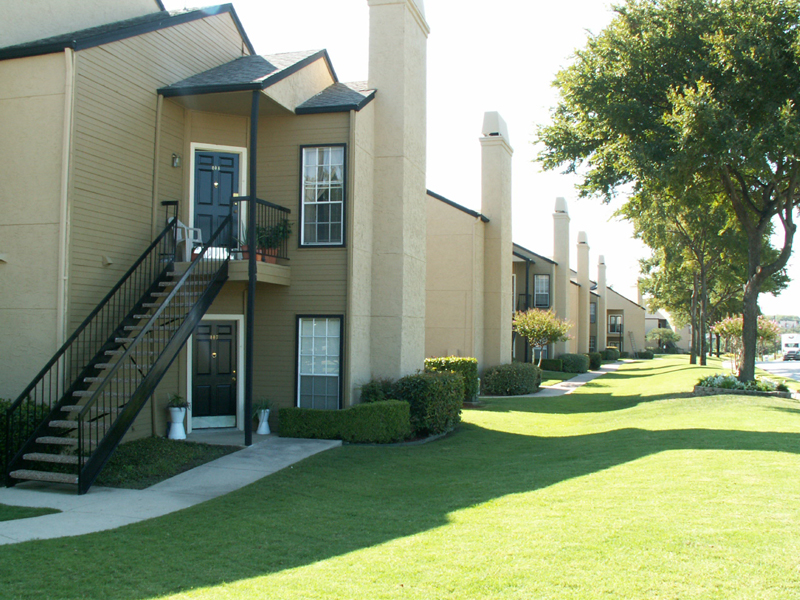 Waterford at the Park Apartments Carrollton, TX