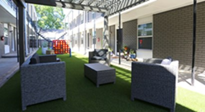Courtyard at Listing #232032