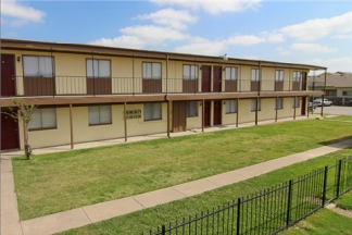 Holly Park ApartmentsDallasTX