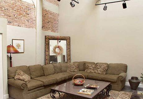 Living at Listing #138043