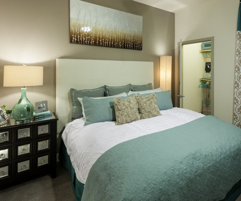 Bedroom at Listing #258896