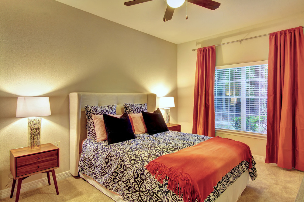 Bedroom at Listing #138561