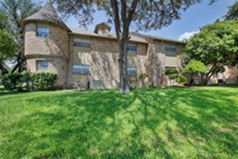 Camelot at Listing #135694