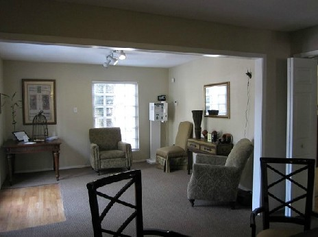Living at Listing #139579