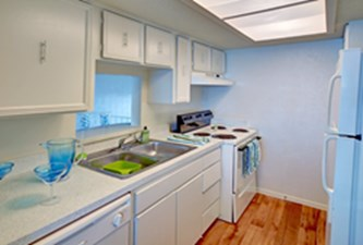 Kitchen at Listing #138023