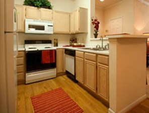 Kitchen at Listing #138918