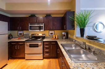 Kitchen at Listing #138856