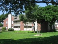 Amberton Garden I & II Apartments San Antonio TX