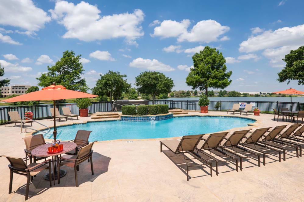 Pool at Listing #137651