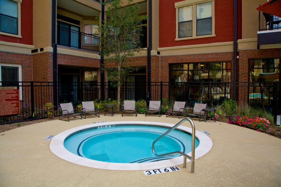 Hot Tub at Listing #144962