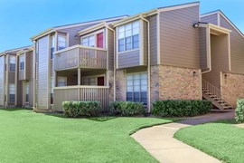 Bel Air on 16th Apartments Plano TX