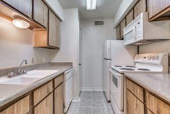 Kitchen at Listing #137522