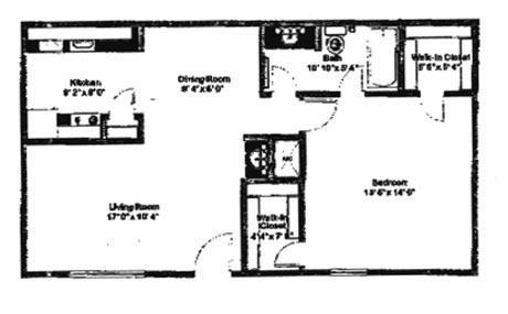 824 sq. ft. C floor plan