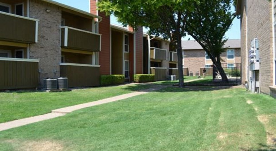 Bosque Estates Apartments