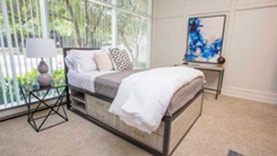 Bedroom at Listing #270549