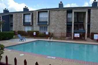 Pool at Listing #138932