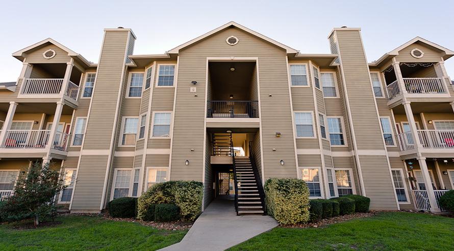 Ravinia Apartments San Antonio TX