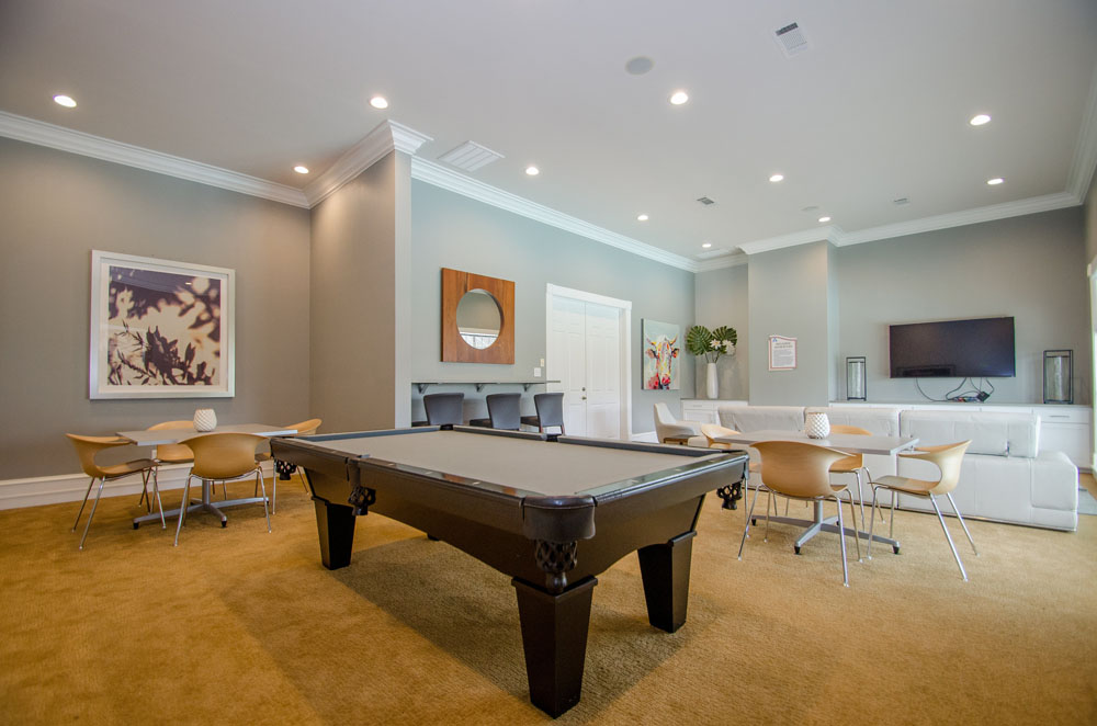 Gameroom at Listing #144053