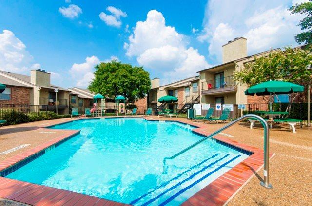 Pool at Listing #136179