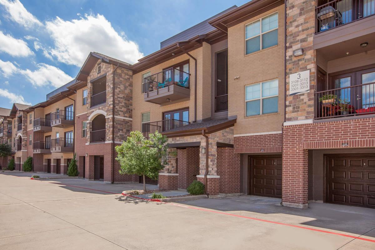 Exterior at Listing #152477