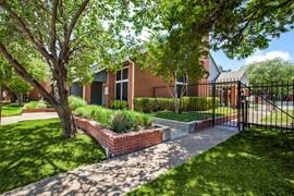 Westmoor Apartments Dallas TX