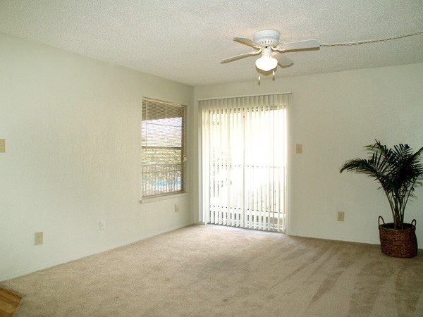 Living at Listing #140189