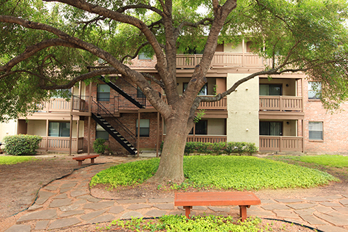 Exterior at Listing #141083