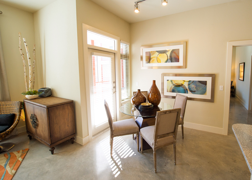 Dining at Listing #232057