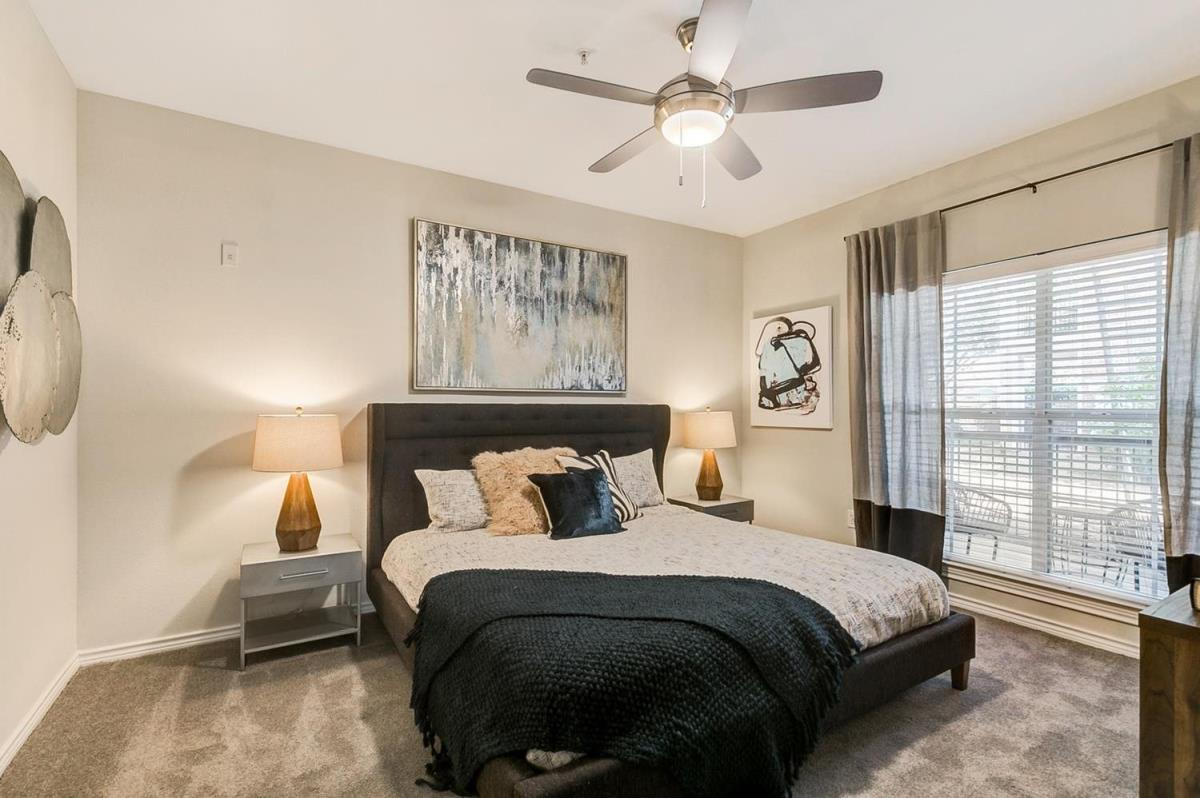 Bedroom at Listing #137808