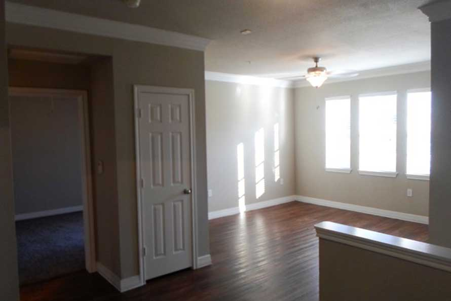 Living at Listing #138672