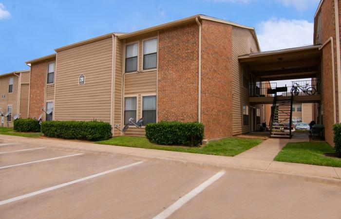 Ashleye Village Apartments Lake Dallas, TX