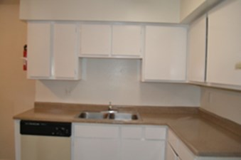 Kitchen at Listing #138932