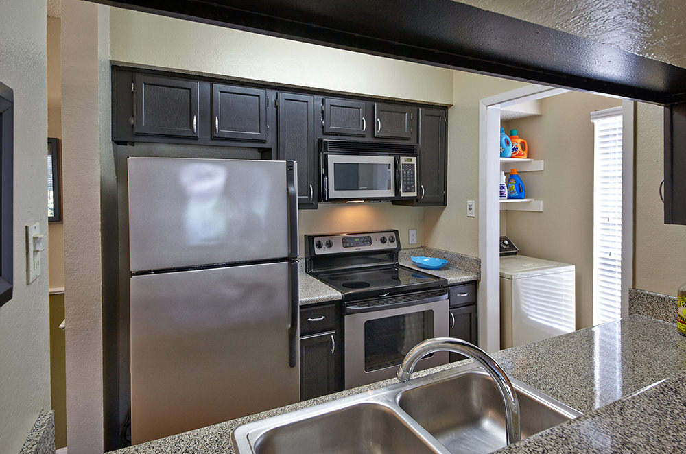Kitchen at Listing #136892
