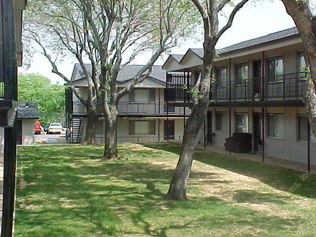 Lancaster Village at Listing #137036