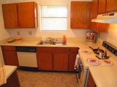 Kitchen at Listing #140224