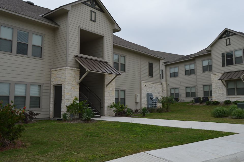 Exterior at Listing #281888