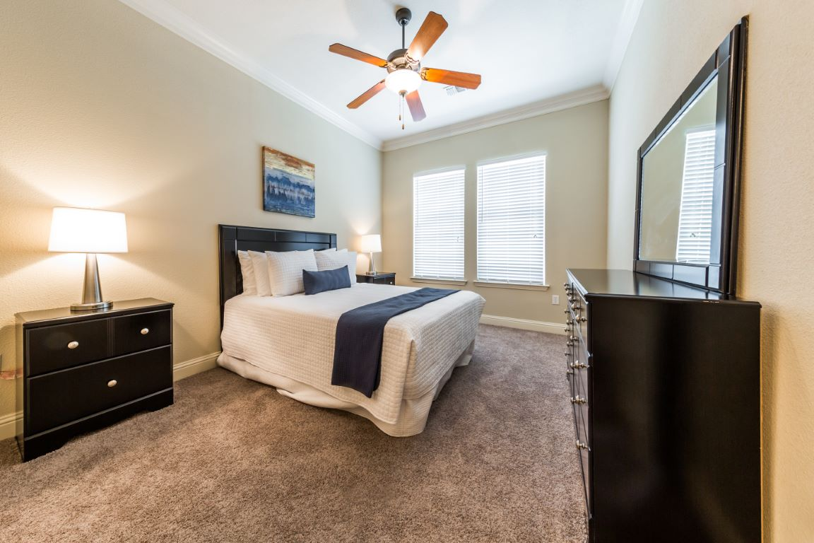 Bedroom at Listing #146194