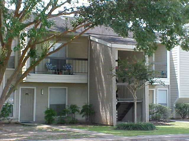 Exterior 8 at Listing #138397