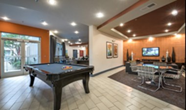Gameroom at Listing #147923