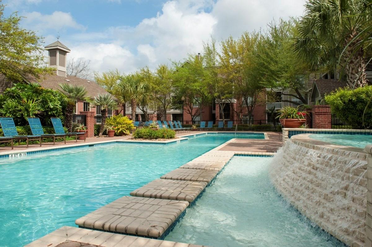 Pool at Listing #138763