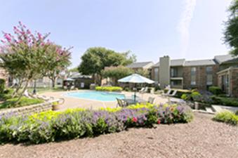 Pool at Listing #136941