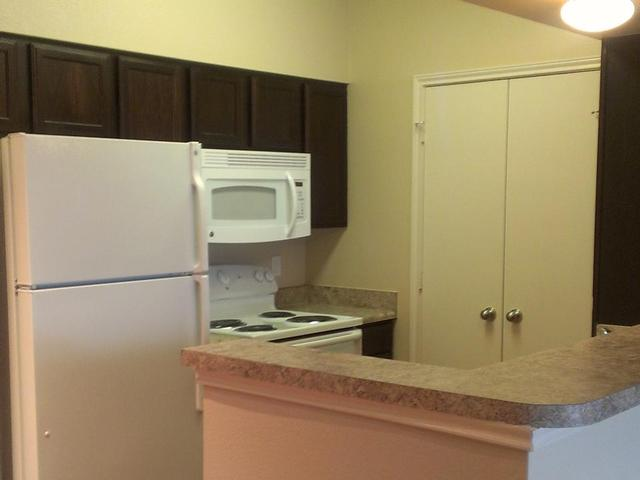 Kitchen at Listing #155274
