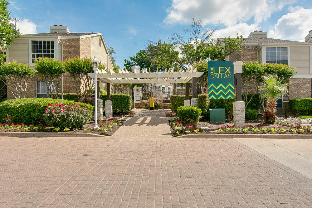 Lex Apartments Lake Highlands TX