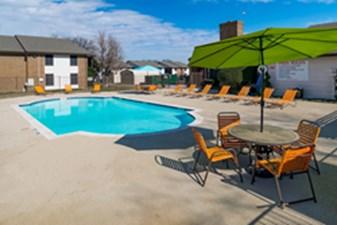 Pool at Listing #137547