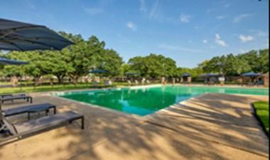 Pool at Listing #138381